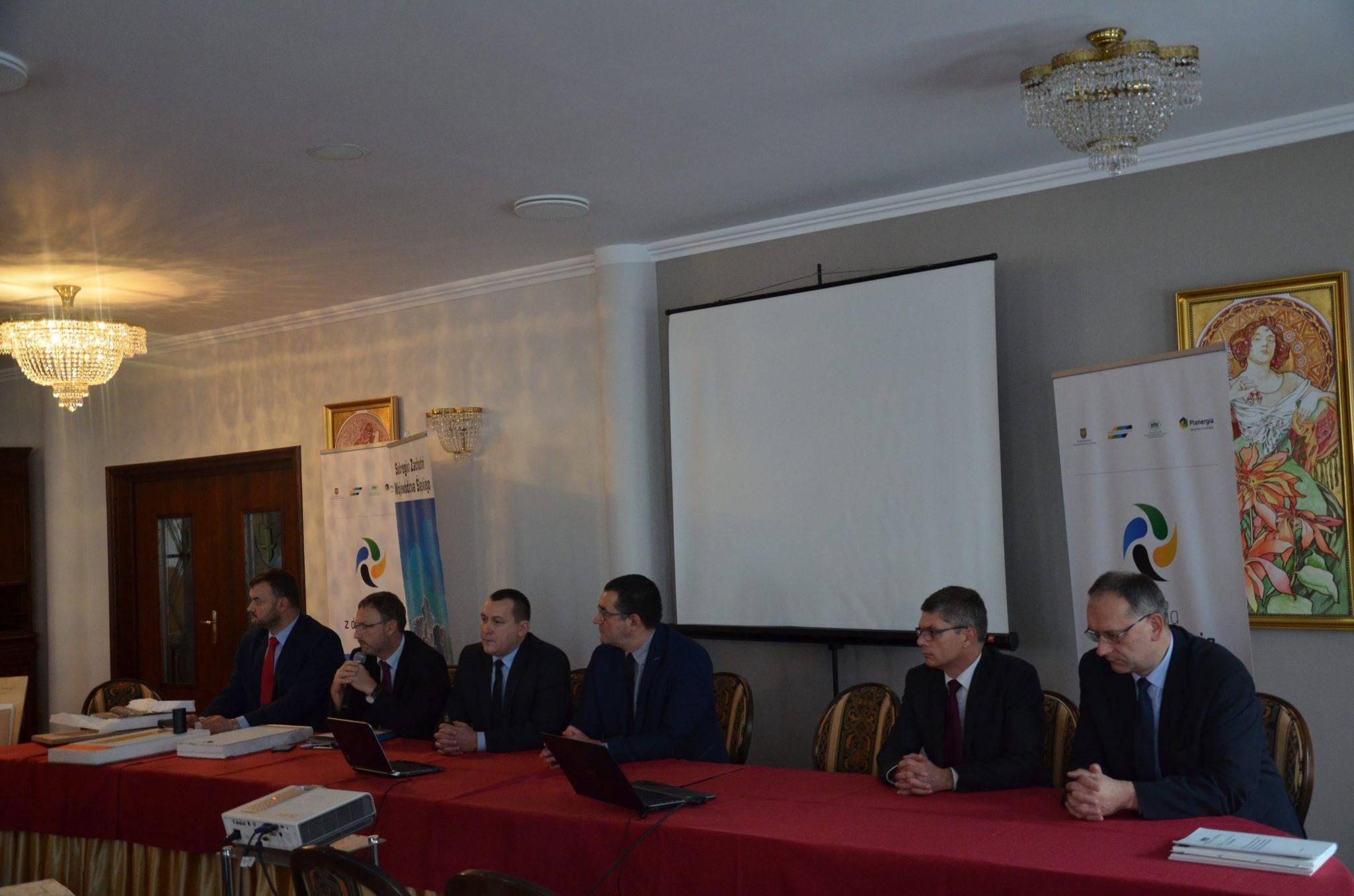 konferencja w ramach kampanii GZDE