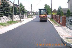 Poddziałanie 7.1.2 Projekt Modernizacja drogi gminnej – ulicy Wolności w Syryni